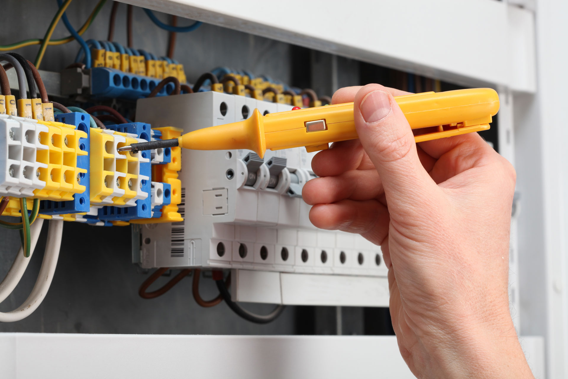 some essential points all homeowners need to notice preventative electrical maintenance the benefits for